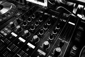 DJ Bram feest